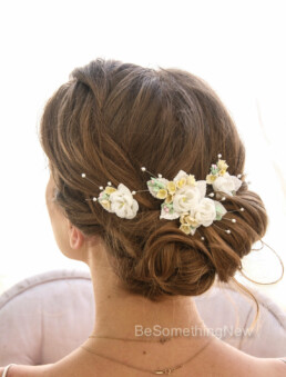 Vintage Flower Comb in Ivory and Yellow Wedding Hair Bobby Pin Set of Vintage Flowers Ivory and Yellow