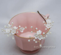 Clay Flowers Hair Pins with Pearls, Set of Three Wedding Hair Pins of Flowers and Pearls, babies breath hair accessories