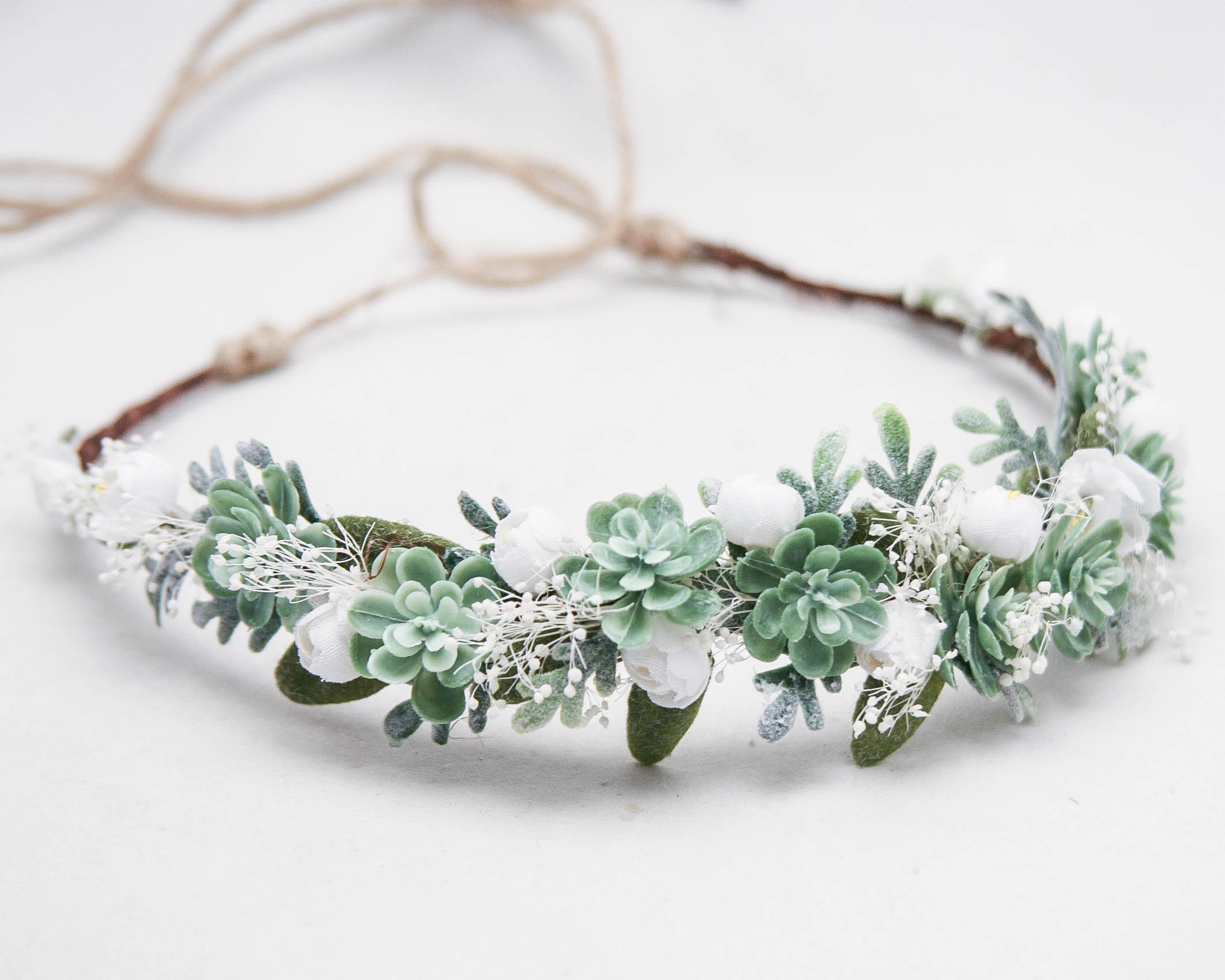 Floral bridal headpiece Hair comb with green leaves and white small flowers for bride Baby/'s breath hair pins Greenery wedding hair piece