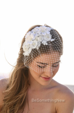Lace and Vintage flower Birdcage Veil in Ivory with Vintage Flower Petals and Small Pearls, Wedding Bird Cage Veil with Lace, Wedding Veil