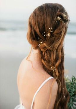 gold star pins mermaid wedding har accessories