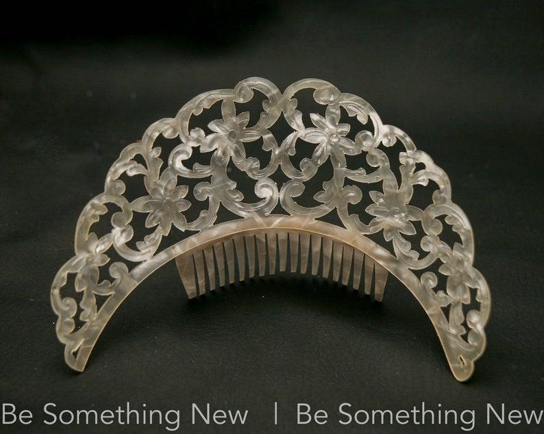 Vintage Mantilla Comb Wedding Hair