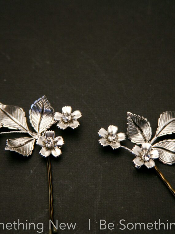 Wedding Hair, hair Pins, Silver Leaves, metal leaves, leaves and flower, Boho Hair Pin set, Floral Bobby Pins, garden wedding, bobby pin set,