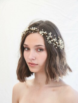 boho wedding hair vine wedding headpiece fo ivory daisies and pearls beaded floral halo