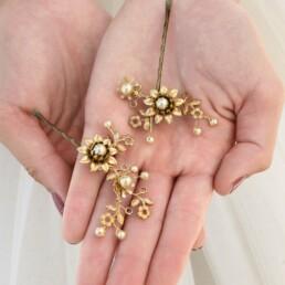 gold hair pins, metal flower bridesmaids hair accessory wedding hair pin set wedding hair